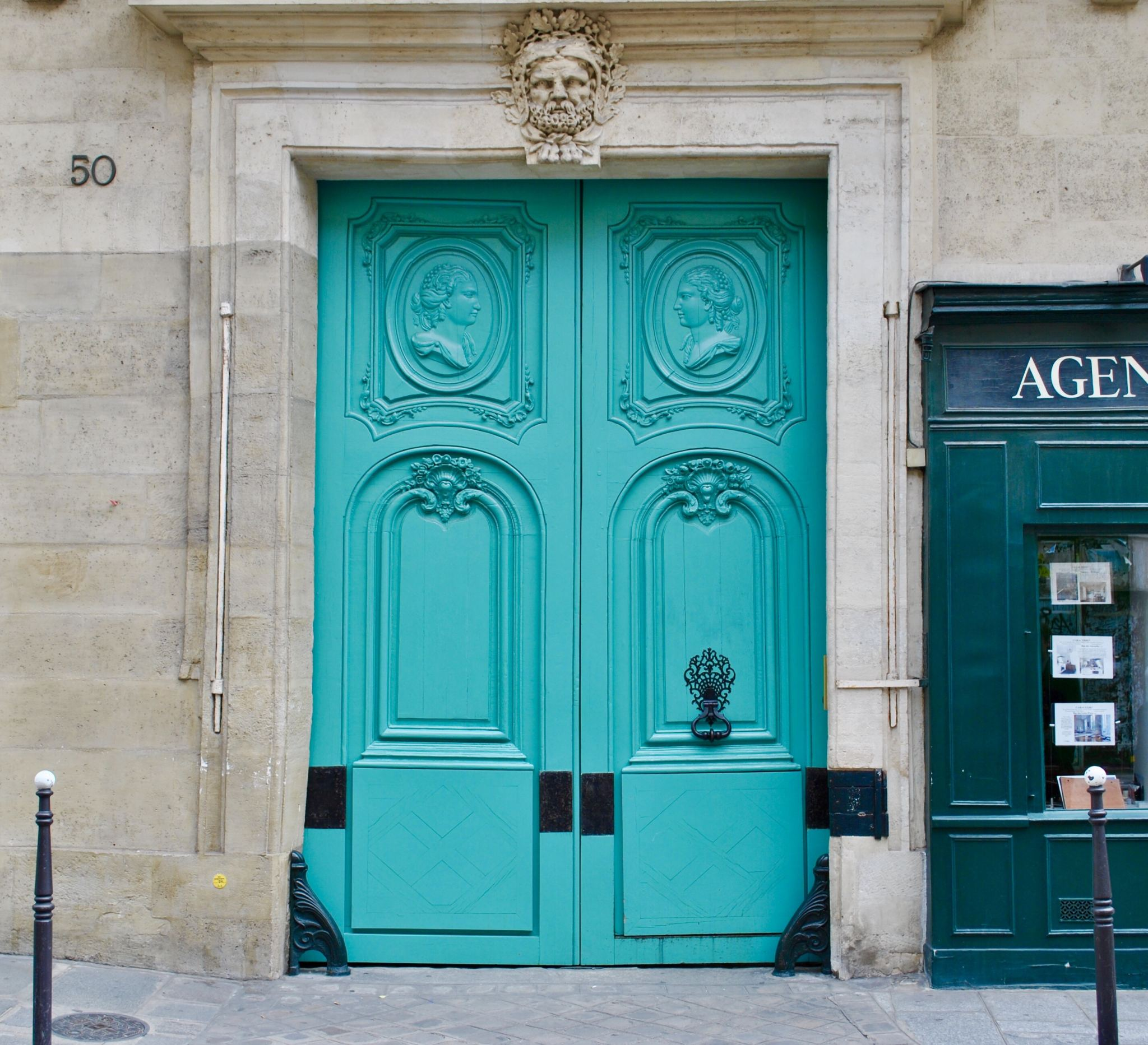 Blue door in Le Marais