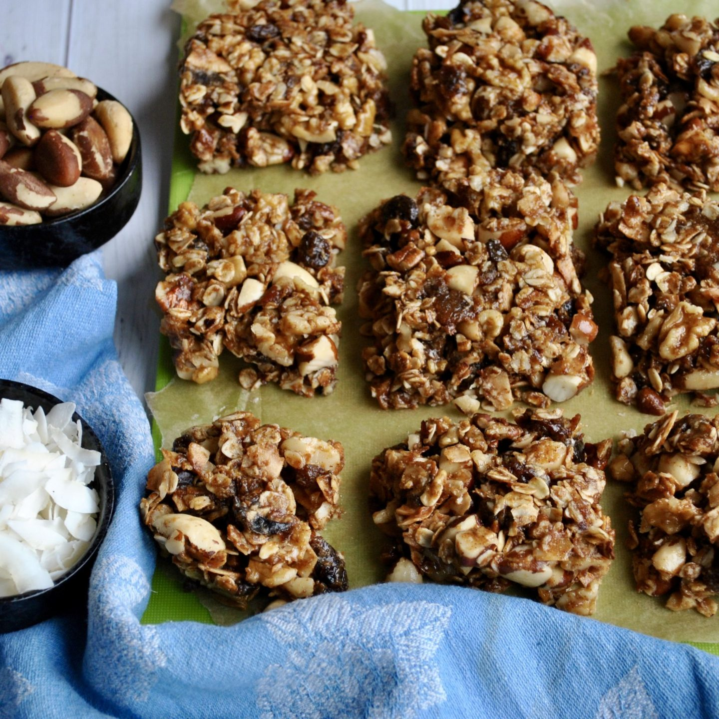 No-Bake Granola Bars (Vegan, Gluten-Free)