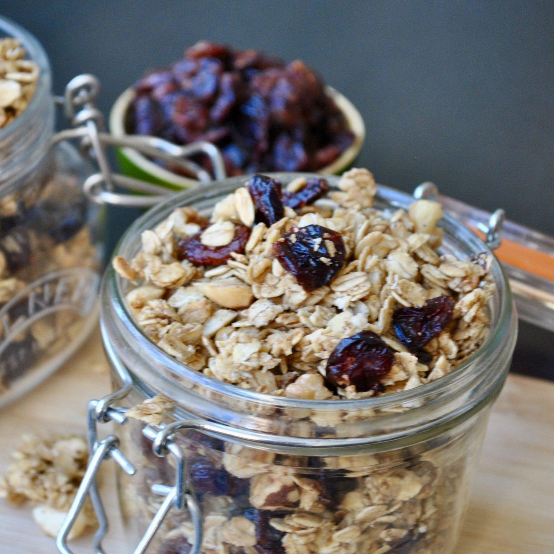 Christmas Spiced Granola Recipe, Festive Xmas Cranberries Blog